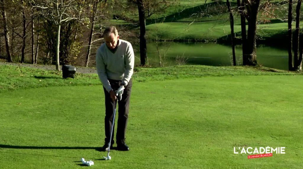 Leçon de golf sur le Chipping